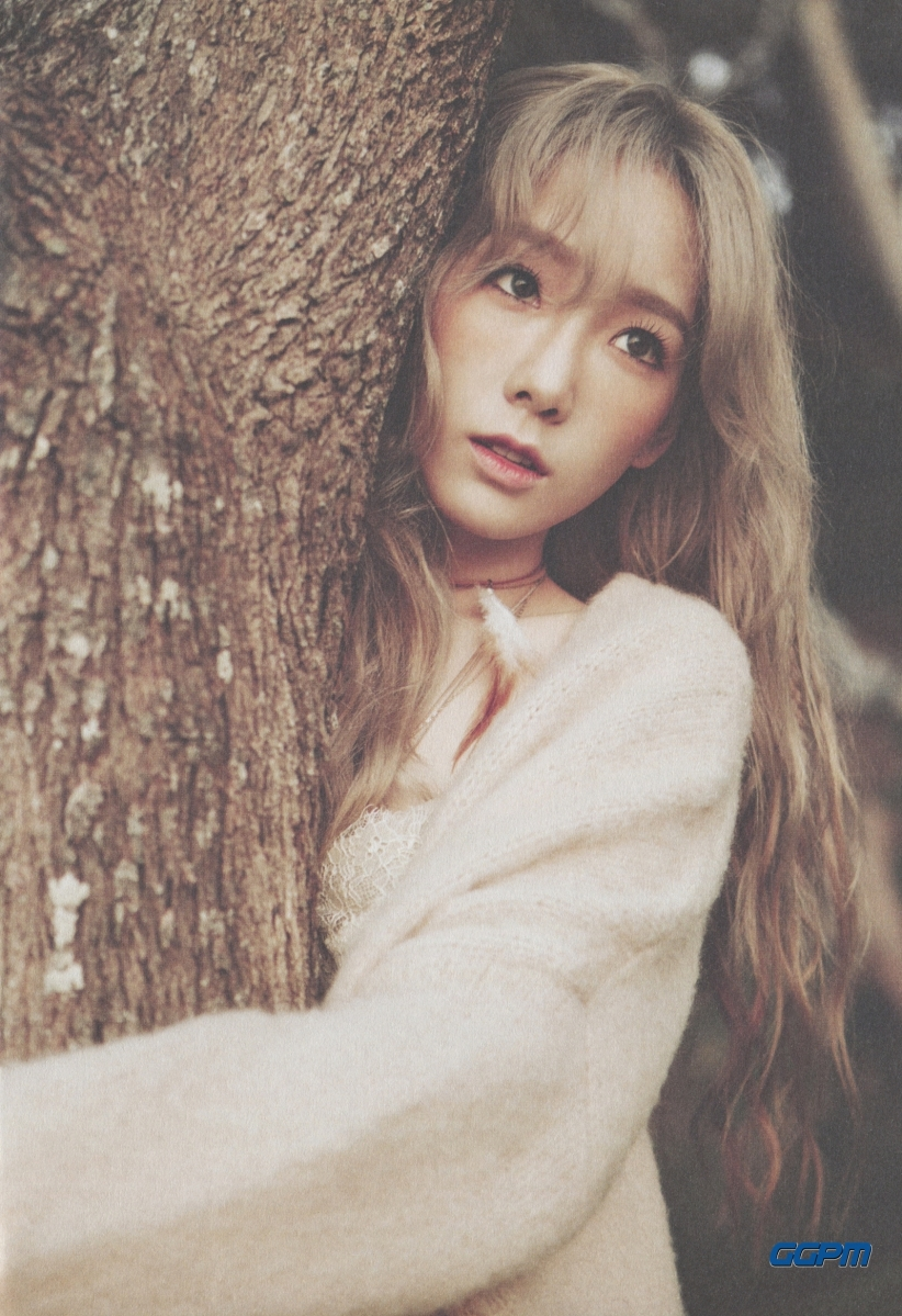 "[SCAN] TAEYEON - 1ST MINI ALBUM ""I"" BOOKLET"
