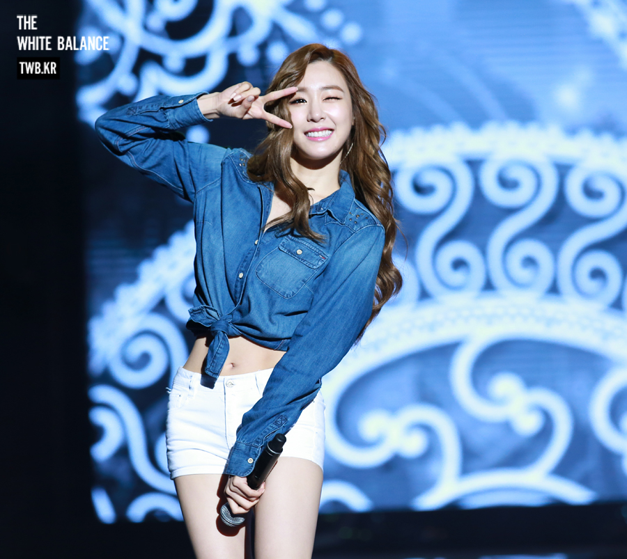 [DL FANSITE] THE WHITE BALANCE «W.B»  (Tiffany's Fansite)